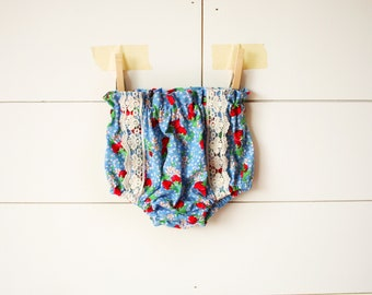 Helen Strawberry Floral Bloomers