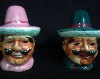 Hombre Salt and Pepper Shakers (1269)