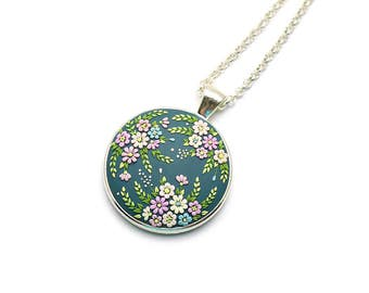 Boho-jewelry Gift-for-women Gift-for-bride Boho-necklace Embroidery pendant Romantic gift Flower necklace Floral Pendant Gift for her