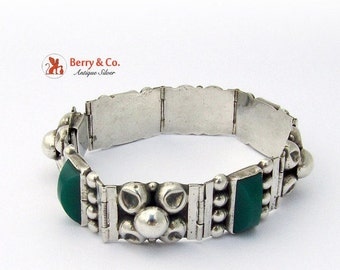 SaLe! sALe! Vintage Mexican Sterling Silver Green Agate Bracelet Eb60