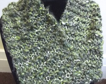 Mobius scarf / cowl in mottled green