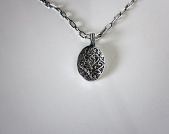 Bella's Sterling Cast Necklace