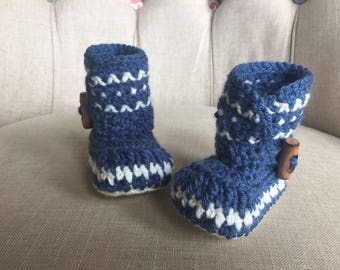 Crochet baby boots, photo prop, baby booties,  baby accessory, baby girl, baby boy, baby gift, baby booties