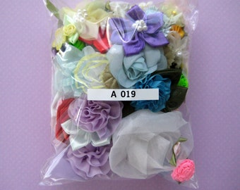 GRAB BAG, Assorted Appliques, Multi Combo for Sewing, Crafting, Scrapbooking,  Embellishment, Hair Accessories, Doll Clothes, 2 oz, A 019