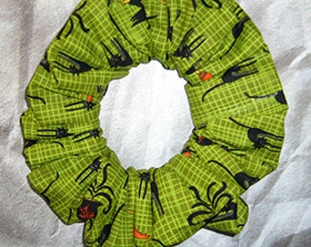 Halloween Hair Scrunchie, Holiday Fabric Hair Tie, Ponytail Holder , Black Cats and Witch