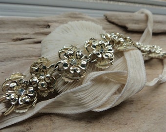 Vintage Bracelet Bouquet Wrap- Wedding Flower Wrap Decor-Gold Flower Rhinestone Bouquet Handle Wrap- Something Old Wedding Flower Gift