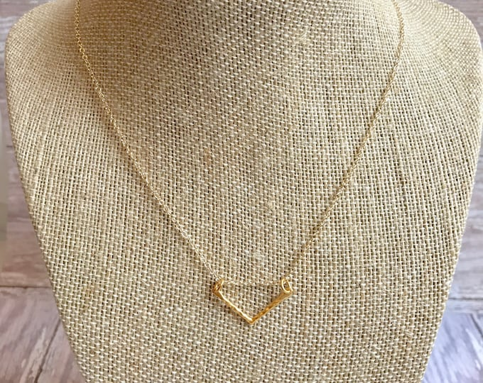 Simple Gold Geometric Necklace