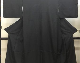 "Black formal Kimono with five  family crests "" Mokko "" Shioze Habutae no.3"
