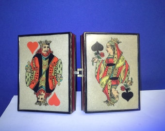 King and queen hinged box
