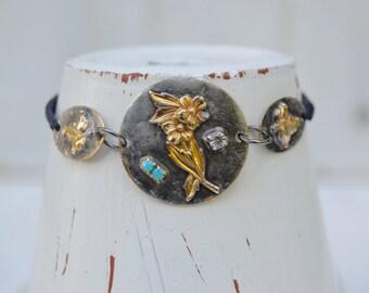 HandKnotted Flower Leaf Bracelet. Boho. Rustic . Rhinestone Soldered. Autumn Leaves .Bracelet. Boho .