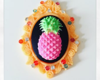 PIN Pink pineapple
