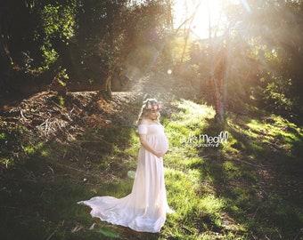 Maternity gown, maternity dress, maternity dress for photoshoot, maternity photoshoot, romantic maternity dress