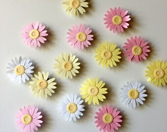 Daisy magnets, daisies, decorative magnets, magnet, daisy decor, cubicle decor, kitchen magnet, flower home decor, message board, flowers