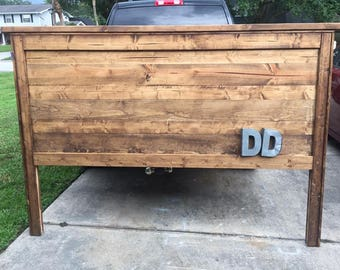 Rustic Farmhouse Queen Size Headboard (Local Pick up/Delivery Only!)