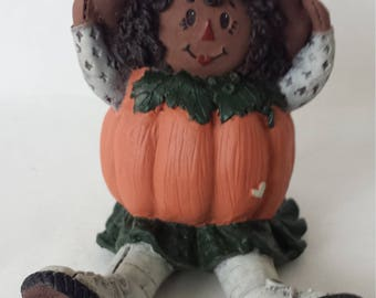 Sarah's Attic Nettie Halloween Raggedy Ann Wearing Pumpkin 1996