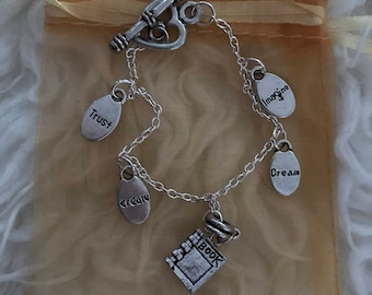 Book Lover Motivational Charm Bracelet