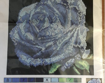 A Delicate Flower Glass beads Embroidery Kit 10.5''x10.5''