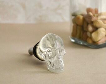 Clear glass skull bottle stopper. Make a statement!