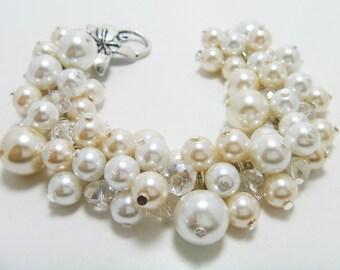 White and Ivory  Cluster Bracelet, Chunky Bracelet, Bridal Jewelry, Cream Bracelet, Pearl Jewelry, Bridesmaids Jewelry