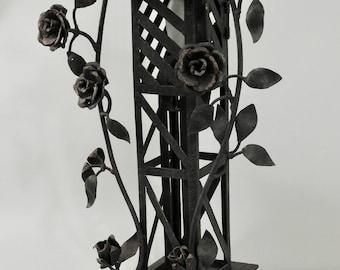 Derrick Rose Unique Wrought Iron Novelty Table Lamp