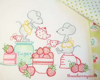 PDF Hand Embroidery Pattern, Tea & Strawberries, Quilt Pattern, Embroidery, Strawberry