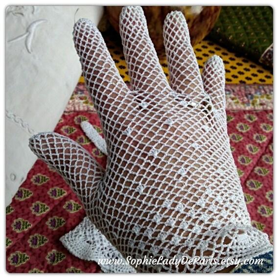 Vintage French Lace Gloves Filet White Cotton Size Medium 7/7.5  Unused #sophieladydeparis