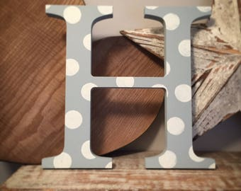 Giant Wooden Letter - H - Times Roman Font, 50cm high, 20 inch, any colour, wall letter, wall decor - various colours & finishes