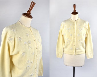 Light Yellow Lambswool and Angora Beaded Cardigan || Made in Japan