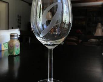 Personalized Hand-etched Wine Glass