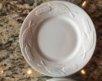 7 Red Cliff Ironstone Wheat Bread & Butter Plates