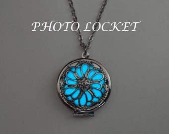 Photo Locket Necklace - Glowing Photo Jewelry - Best Friend Gift - Gifts For Her - Glow in the Dark Necklace - BespokeInnaDesign