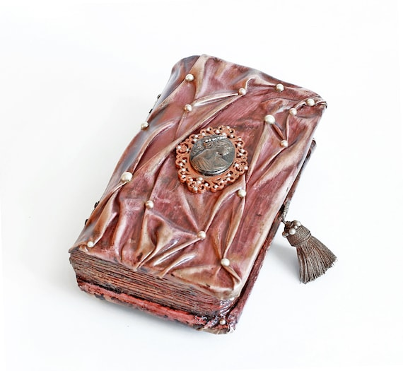 Wooden jewelry box book Nostalgic decorative cameo case brown