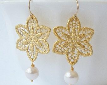 Lace Pearl Dangle Earrings, Pearl Earrings, Pearl Jewelry