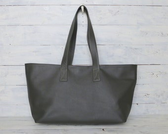 Oversized Leather tote, Horizontal tote Bag, Army green Leather tote, Large leather tote , Pebbled Leather tote , Oversized Leather tote bag