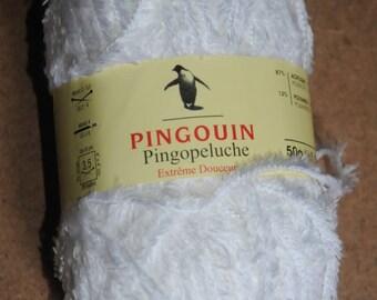 "Set of 3 balls quality ""Pingopeluche"" Penguin"