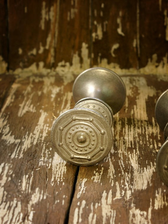 Vintage Metal Door Knob Set Of 2 Door Handles In A Silver Tone Knob Made In  USSR Rustic Farmhouse Home Decor From Soviet Union From SmetanaVintage On  Etsy ...