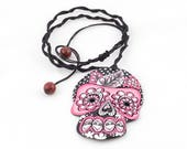 Skull pink black and whit...