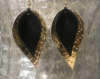 Black and Gold teardrop earrings