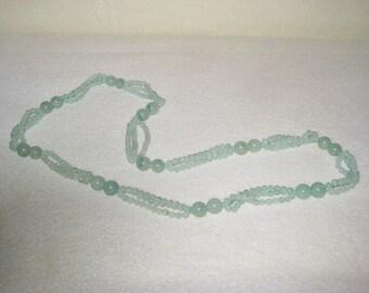 Vintage necklace green semi precious stones
