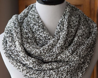 SCARF - Deluxe Black and White Sweater Knit Stretch Infinity Scarf