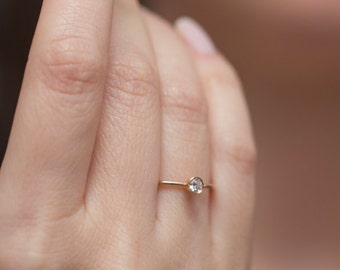 Simple Engagement Ring Hammered Engagement Ring Thin Diamond Ring Simple Diamond Ring Delicate Diamond Ring Minimalist Engagement Ring