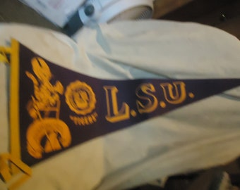 Vintage LSU Tigers Football Pennant Louisiana State Univeristy A &M College, collectable