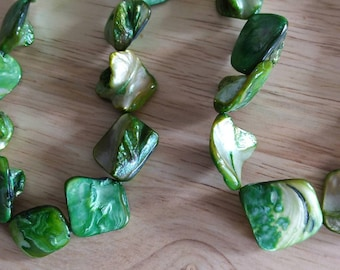 Beads, Green Mother of Pearl beads, 23 beads per strand