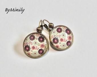 Earrings cabochon glass - - Liberty - tiny flower earrings.