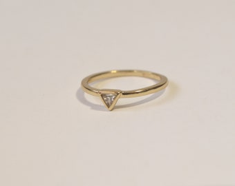 Vintage Gold Plated Band Topaz Ring Size 7