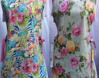 Reversible Beautiful Rose and Tropical Flower Cobbler Apron for Women-Fits Sizes LG,XL,2XL
