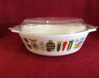 Pyrex JAJ Meran 2 pint Casserole Dish #509 circa 1964