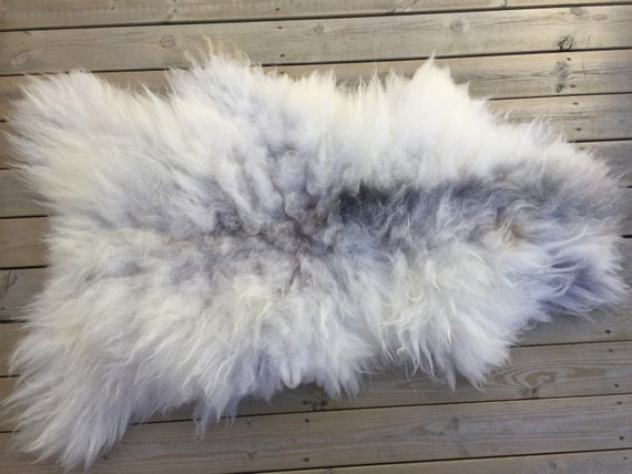 Decorative Sheepskin rug supersoft rugged throw from Norwegian norse breed medium locke length sheep skin white grey 18068
