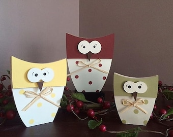 "Owls, dimensional, set of 3 , 4 - 6"" tall"