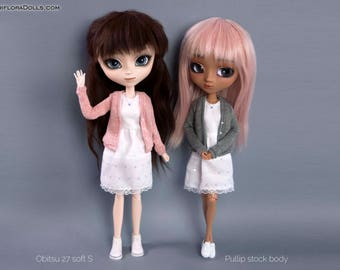 White dress with cardigan for Pullip, Pure Neemo, Blythe, Dal, Obitsu 27 dolls